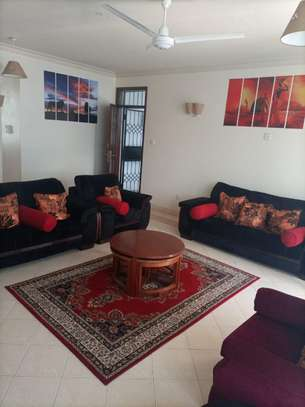 3 br fully furnished apartment to let in Nyali- Shikara Apartment. Id no AR22 image 2