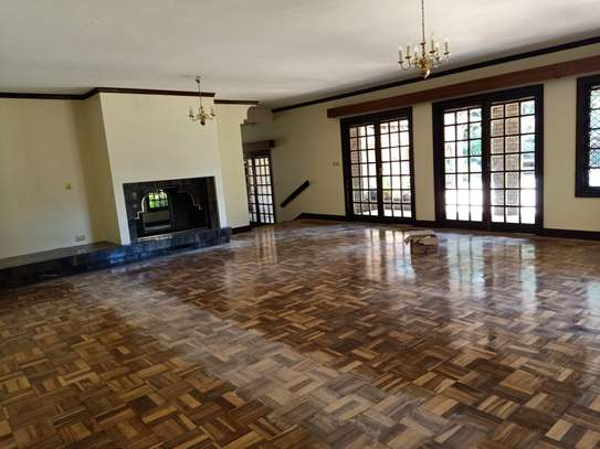 5 bedroom house for rent in Old Muthaiga image 11