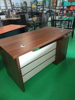 1.4m office desk image 2