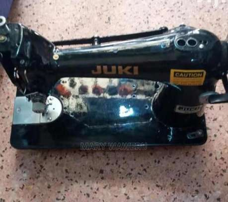 Best Industrial Sewing Machine image 1