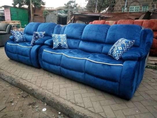 Stylish Modern Quality 5 Seater Non-Reacliner Sofa Set image 1