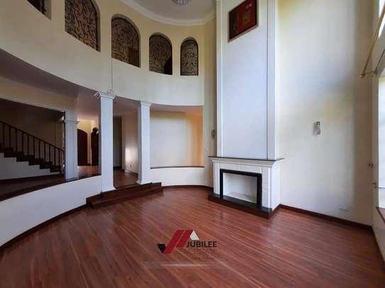 4 bedroom house for rent in Runda image 9