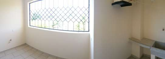 3br penthouse apartment for rent in old Nyali. Id 2105 image 9
