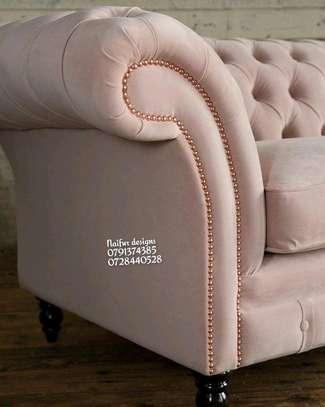 Three seater sofas/Modern chesterfield sofas image 2