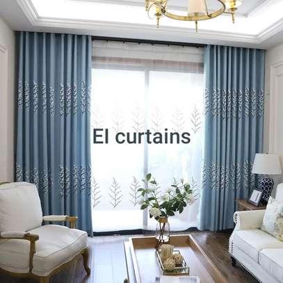 QUALITY ELEGANT CURTAINS image 1