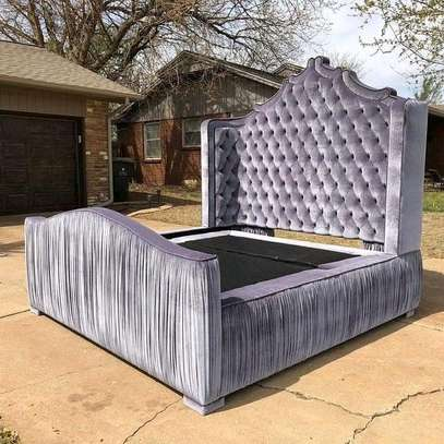 Queen size Chesterfield bed image 1