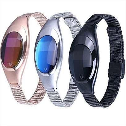 Z18 Women's Smart Bracelet With Heart Rate Pedometer Bluetooth