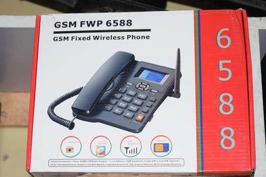 Deskphones image 1