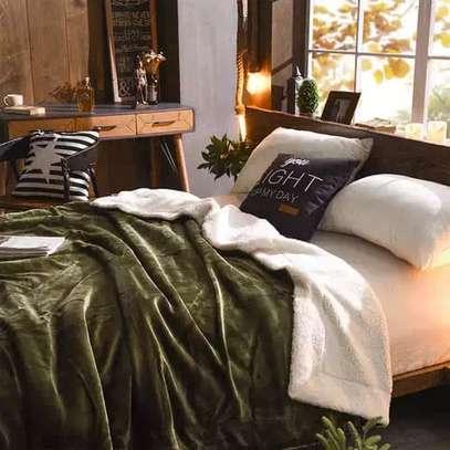 Flanel blankets image 9