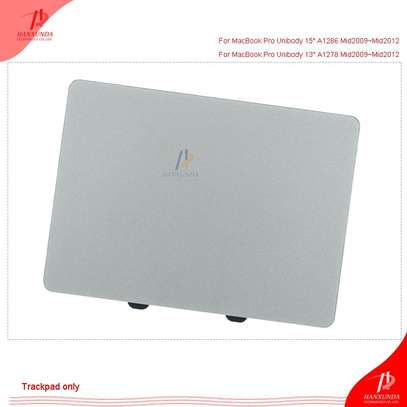 "Macbook Pro Unibody 13"" A1278 Trackpad image 4"