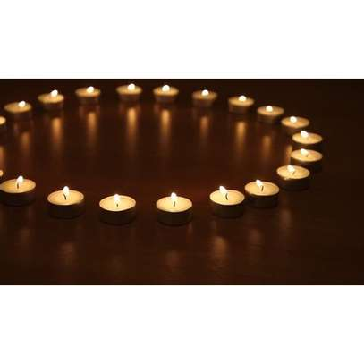 mini-sized scented candles image 1
