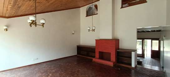 5 bedroom house for rent in North Muthaiga image 7