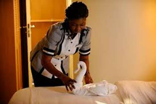 Hire Reliable Housekeeper,Chefs & Cooks,Domestic Workers & Gardeners.Call Now image 9