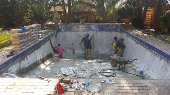 Swimming Pool Cleaning and Maintenance.Professional Swimming Pool Cleaning & Maintenance Services.Get free quote. image 3