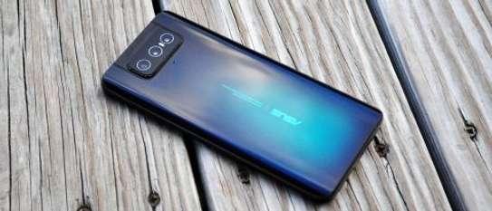 Asus Zenfone 7 Pro (ZS671KS) image 2