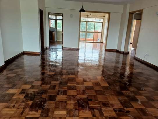 3 bedroom apartment for rent in Riara Road image 2