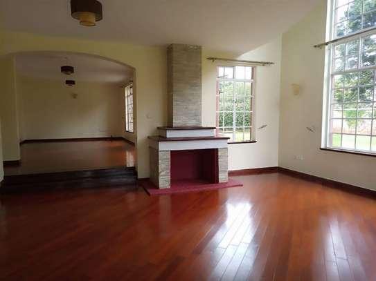 Karen - House image 3