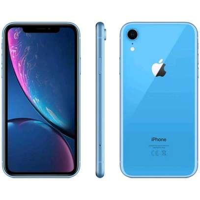 Apple iPhone XR 128 image 1