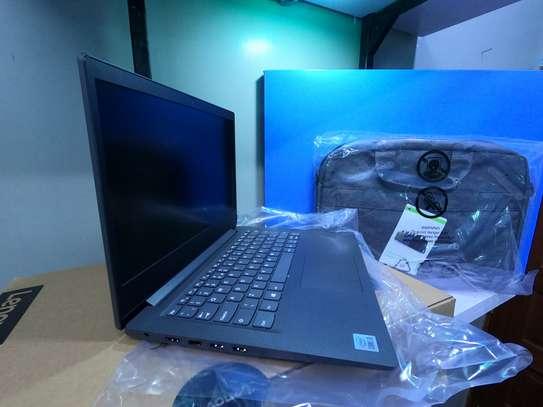 "lenovo v14 core i.3 4gb ram 1tb hdd+lenovo briefcase - 14"" display - windows 10 image 2"