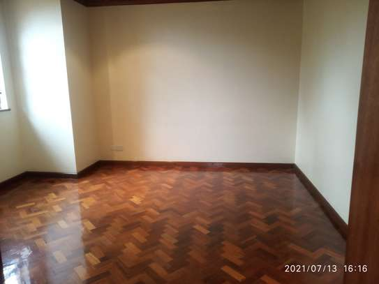 Spacious 4 bedroom home to to let@ Garden estate image 7