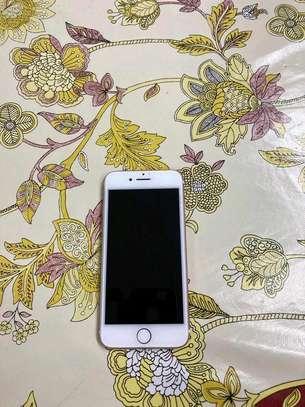 Apple Iphone 7 256 Gigabytes & Airpods image 2