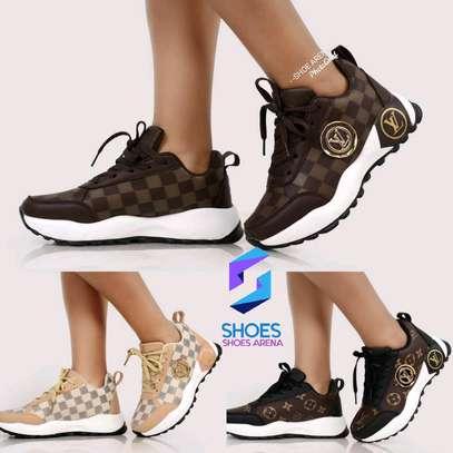Original Lv sneakers image 1