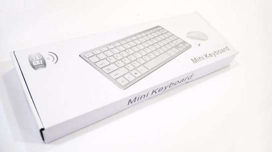 Small 2.4 G wireless keyboard and mouse combo image 1