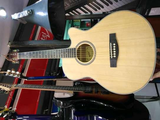Fender box guitar, image 1