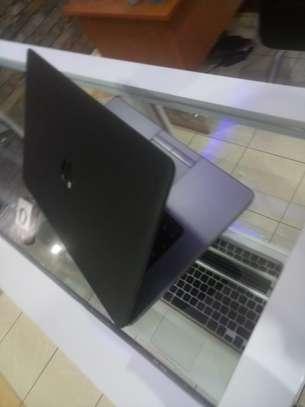 "15""inch HP 850 G1 image 1"