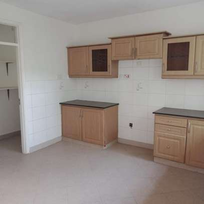 Three bedrooms apartment plus a dsq to let off riara road in lavington of image 1