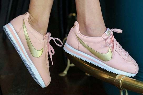 nike classic cortez leather pink