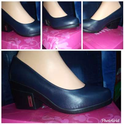 LADIES BLOCK HEELS@1600