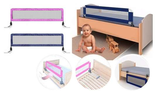 Kids Bed guard/ bed rail image 4