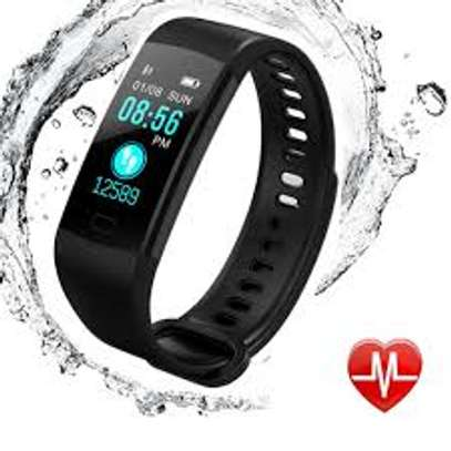Y5 Wristband Heart Rate Blood Pressure Monitor Smart Watch IP67 Water Proof Fitness Tracker