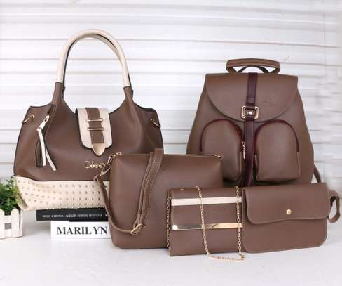Amazing 5 in 1 Pure leather Handbags image 7