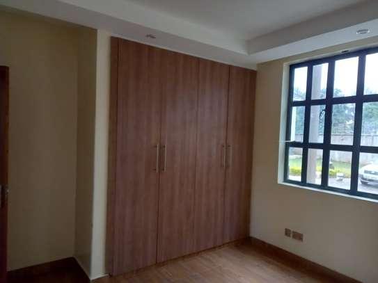 4 bedroom villa for rent in Lavington image 7