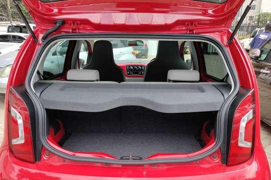 Volkswagen Up image 9