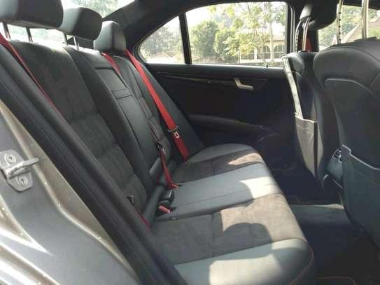 Mercedes-Benz C200 on sale image 7