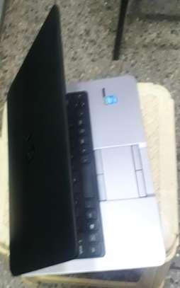 Laptop HP 820 i5 image 1
