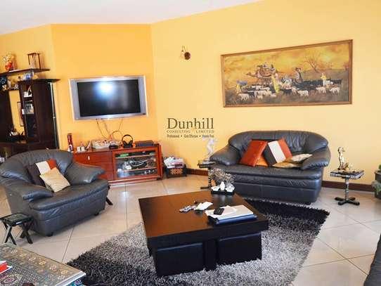 General Mathenge - Flat & Apartment image 2
