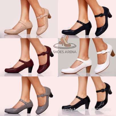 Officia Closed heels image 1