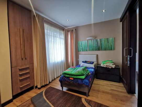2 bedroom townhouse for rent in Nyari image 8