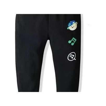 QUALITY COMFORTABLE KIDS SWEATPANTS / JOGGER PANTS-BLACK image 2