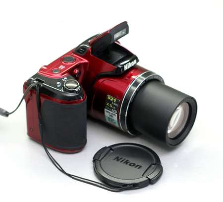 Nikon COOLPIX L810 16.1 MP Digital Camera With 26x Zoom image 1
