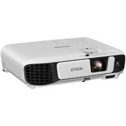 NEW PORTABLE PROJECTOR  EPSON EB- S05 FOR SALE image 1