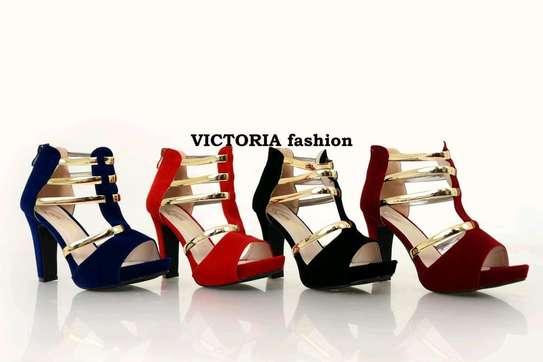 Chunky heels image 1