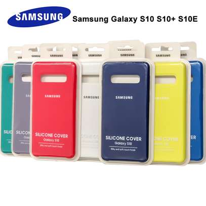 Silicone case with Soft Touch for Samsung S10 S10e S10 Plus image 4