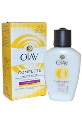 Olay Complete LightWeight Day Fluid Normal/Oily Spf 15 100ml image 1