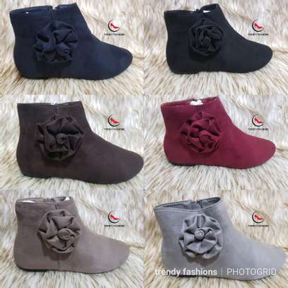 Latest tredy ankle boots image 2