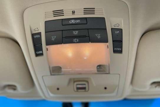 Lexus RX 270 image 7